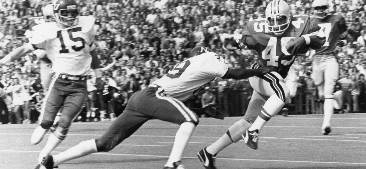 Archie Griffin running for Ohio State.